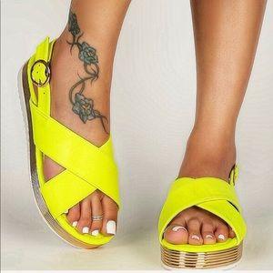 🔥SALE🔥 🆕 Qupid neon yellow platform Sandals